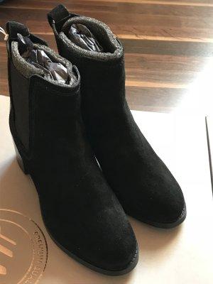Schwarze Wildleder Chelsea Boots von H&M, Neu!