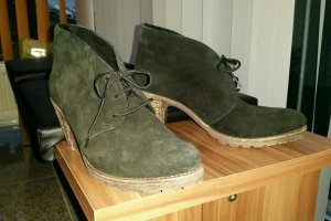 Schwarze Wildleder-Schuhe von Rieker