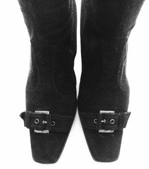 Schwarze Wildleder Stretch Stiefel mit silberner Metalschnalle