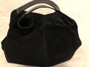 schwarze Wildlederhandtasche  von Mango