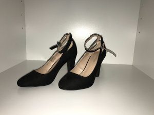 Anna Field Strapped pumps black