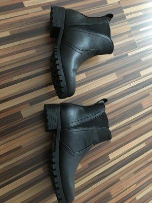 Schwarze Winter Stiefel