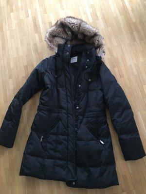 Schwarze Winterjacke von Esprit Größe 36
