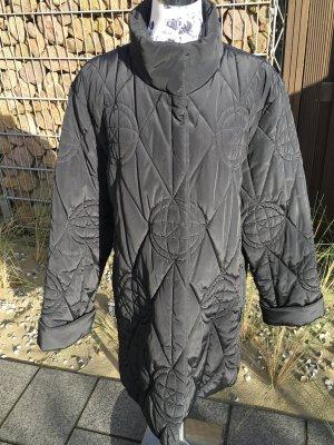 Schwarze Winterjacke von Gil Bret; Größe 42