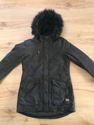 Schwarze Winterjacke von Only