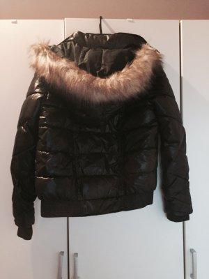 Schwarze Winterjacke von Pimkie