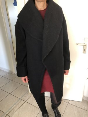 Schwarze Wollmantel Seitentaschen Große Kragen
