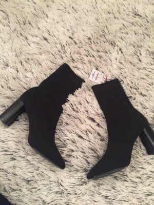 Zara Scarpina di lana nero
