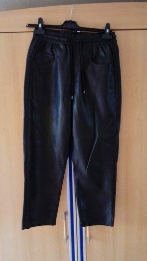 Schwarze Zara Jogginghose aus Kunstleder Größe 34 XS