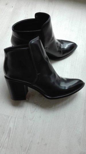 schwarze Zara Stiefelette