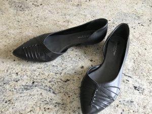 schwarzer Ballerina