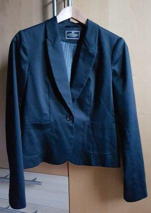Schwarzer Blazer C&A Größe 38