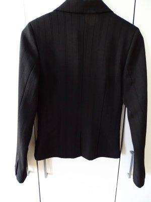 Schwarzer Blazer mit Nadelstreifen-Muster