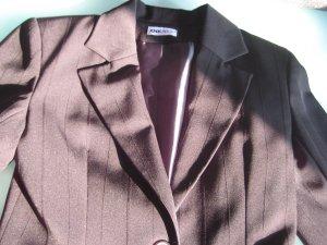 Schwarzer Blazer mit schw.Nadelstreifen Größe 36