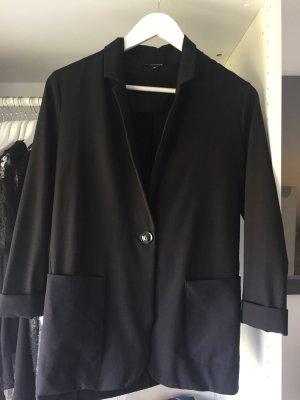 Schwarzer Blazer mit Taschen Größe 36