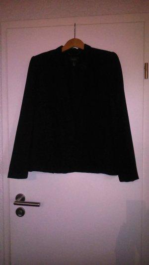 Schwarzer Blazer mit ungewöhnlicher Knopfleiste
