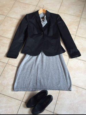 Schwarzer Blazer von Sisley Größe 38 wie neu