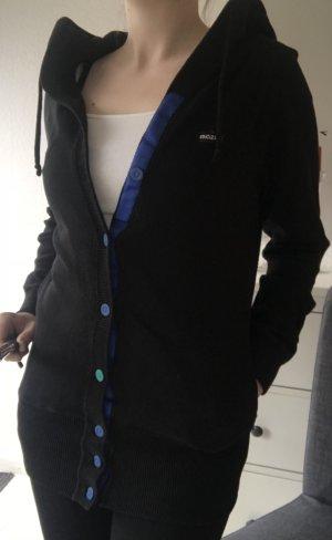 schwarzer Cardigan/Sweatjacke von MAZINE mit blauer Knopfleiste
