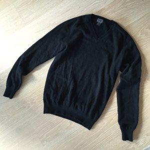 Schwarzer Cashmere Pulli mit V-Ausschnitt
