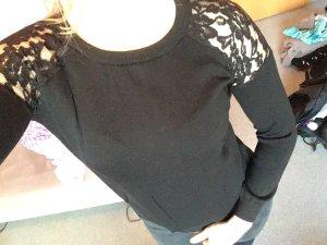 Schwarzer dünner Pullover mit Spitze