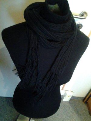 schwarzer dünner Schal - s.Oliver - Fransen