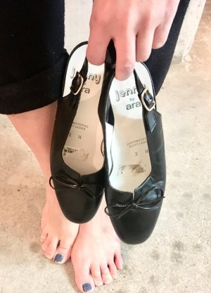 Schwarzer echte Leder Vintage Sandalen