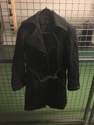 Schwarzer Esprit Mantel mit Gürtel