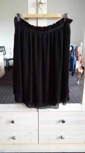 schwarzer Faltenrock Größe 40