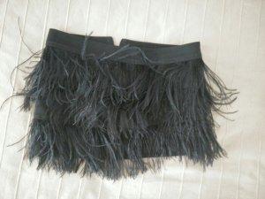 Schwarzer Federrock von Zara