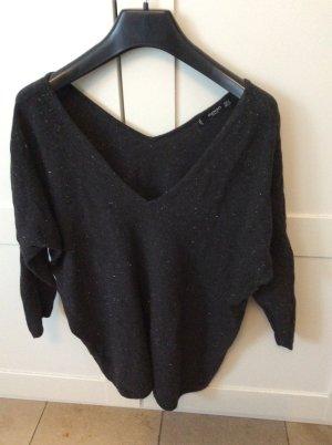 Schwarzer gleitender Pullover Größe S
