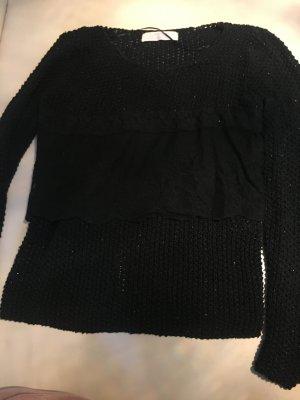 Schwarzer grob gestrickter Pullover von Zara mit Spitze