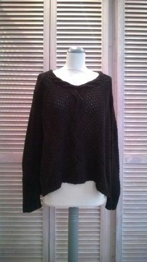 Schwarzer Grobstick-Pullover