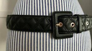 Schwarzer Gürtel Chanel-Stil