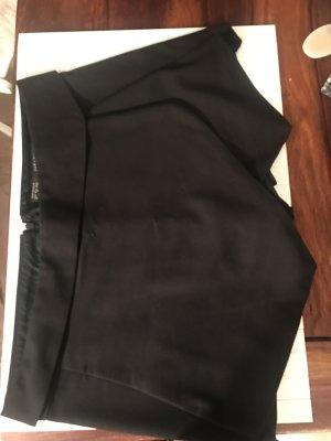 Schwarzer Hosenrock Zara