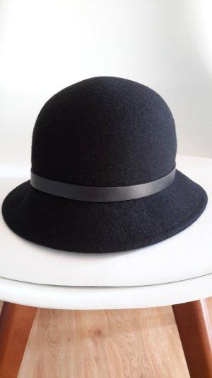 schwarzer Hut von DKNY