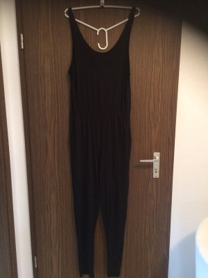 schwarzer Jumpsuit