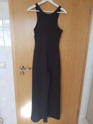 schwarzer jumpsuit von zara