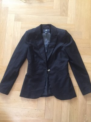 Schwarzer klassischer Blazer