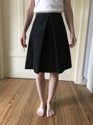 Schwarzer knielanger Rock von Tibi, mit Unterrock und Taschen, 100% Seide