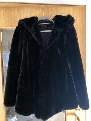 Zara Trafaluc Cappotto in eco pelliccia nero