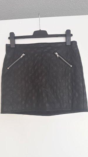 schwarzer Kunstleder Minirock, Gr. 38 von H&M