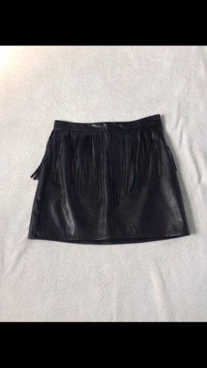 Schwarzer Kunstlederrock