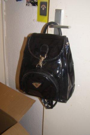 schwarzer Lack-Rucksack aus Kunststoff