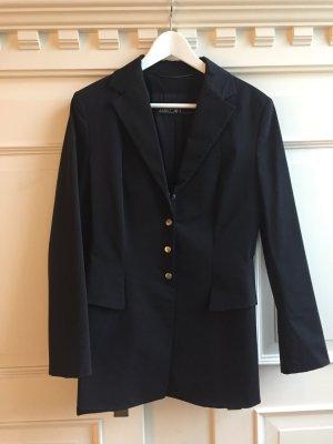 Schwarzer längerer Blazer mit silbernen Knöpfen von Marccain