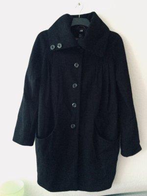 Schwarzer langer Mantel von H&M
