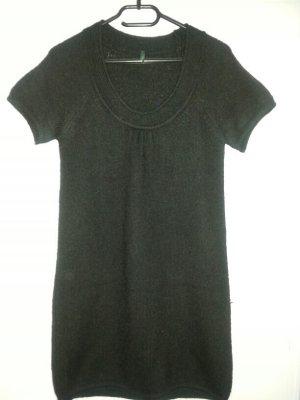 Schwarzer langer Pullover von Benetton