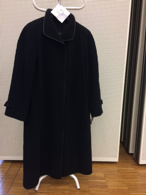 Adler Winter Coat black wool