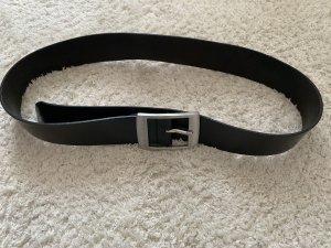 Schwarzer Ledergürtel mit matter silberner Schnalle von Esprit