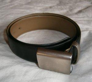 Schwarzer Ledergürtel von Toni Gard