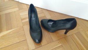 schwarzer Lederpumps